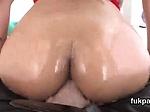 Wonderful model displays big butt and gets butthole sha