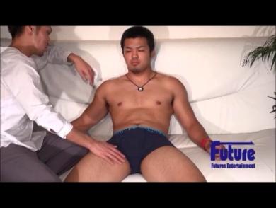 【ゲイ】男くさい素朴な男前エロ筋運動男児!