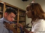 Black tranny nurse anal fucks doctor