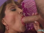 Experienced GILF upgrading her hole with a fat young wi