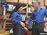 Officer fucked suspect to humiliate her