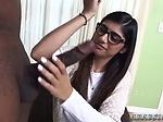 Young teen joins couple Mia Khalifa Tries A Big Black D