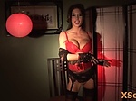 Jessica Jaymes is doing things in front of her mirror
