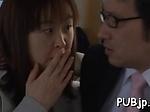 Lascivious idol Nana Ogura caresses big dick
