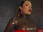 Chained sub in latex suxks trannys dick