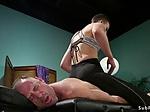 Masseuse dom anal fucks tied up guy